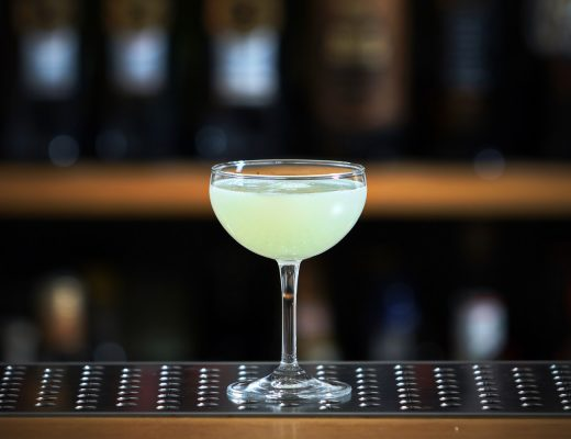 Il Gimlet, classico cocktail a base Gin e Lime Cordial